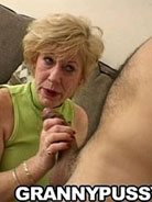 Grandma getting finger fucked